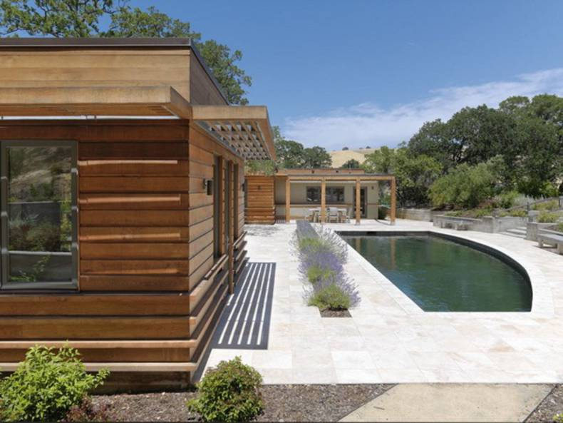 Contemporary Ranch House by MacCracken Architects in California