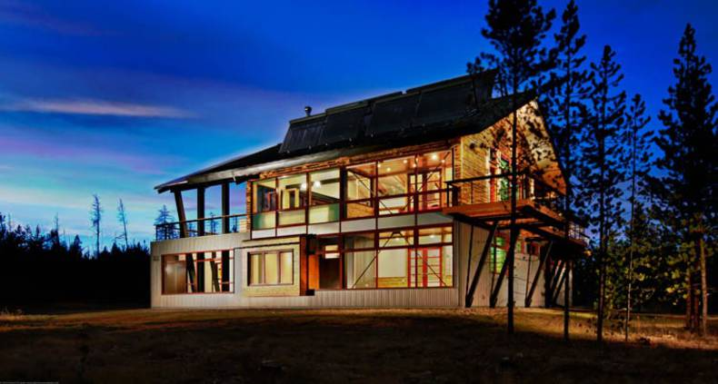 Bryan Bowen Architects' Net-Zero Energy House in Frazer, Colorado