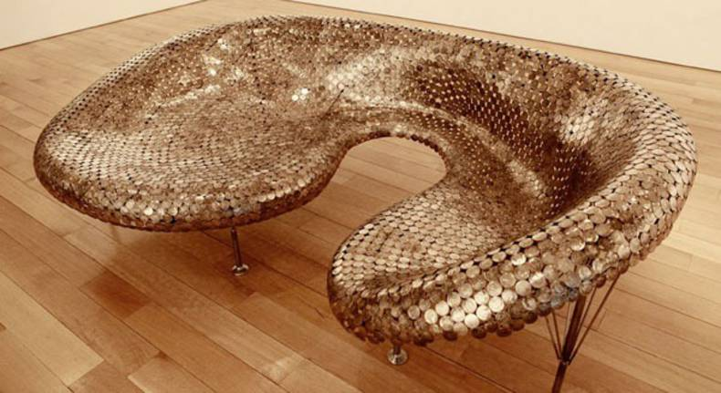 Daring sofa made of coins by Johnny Swing: Be The King