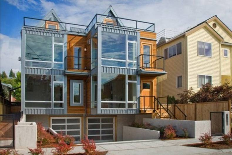 Alki Townhomes in Seattle by Johnston Architects