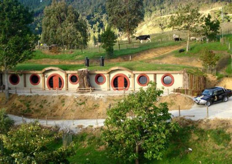 Unique Hobbit Motel in New Zealand