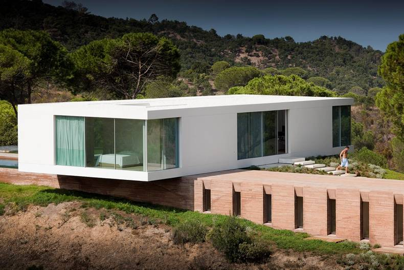 Countryside House in Portugal by Pedro Reis