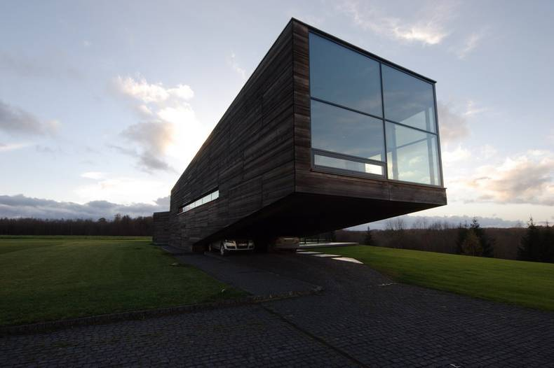 The Luxury and Spectacular Utriai Residence Resembling the Noah's Ark