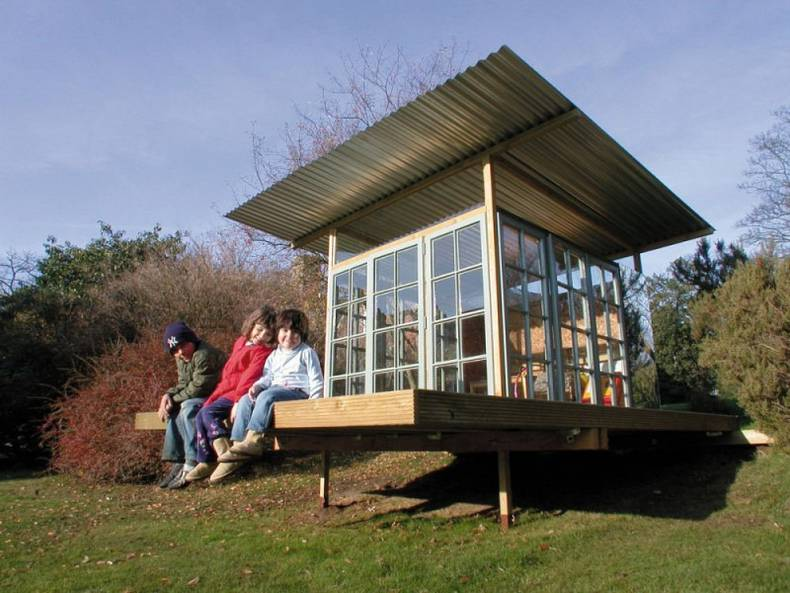 Wendy House by Sanei Hopkins Architects: a Small Project with a Big Success