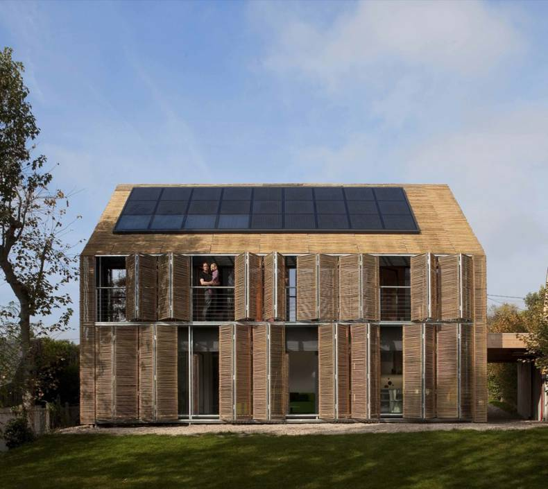 Solar powered Passive House in France by Karawitz Architecture