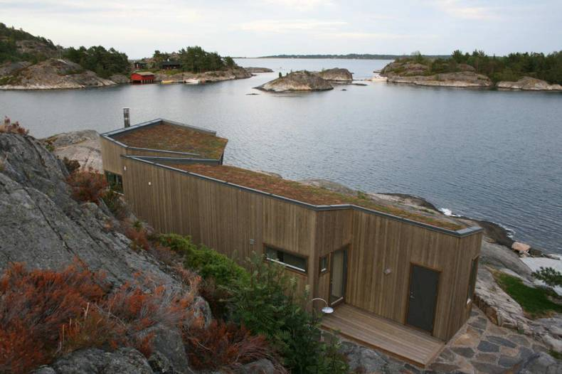 Buholmen Cottage by SKAARA Arkitekter AS