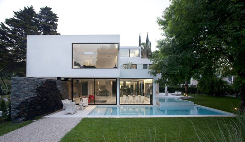 White House Design: Carrara House in Buenos Aires