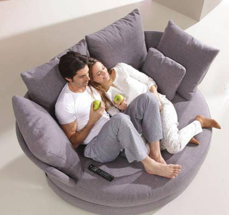 Romantic Loveseat – MyApple by Fama