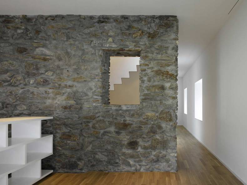 House transformation by Clavienrossier Architects