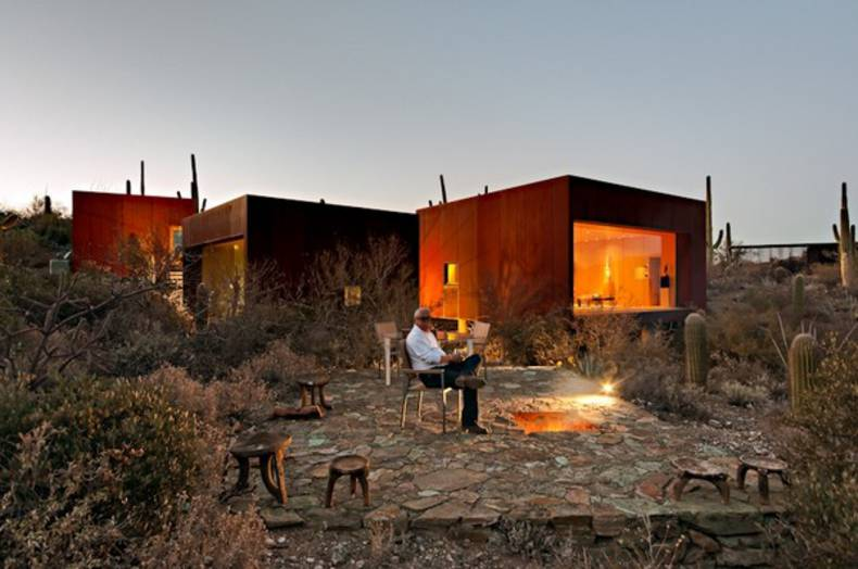 Tranquility and Serenity in Desert Nomad House by Rick Joy Architect