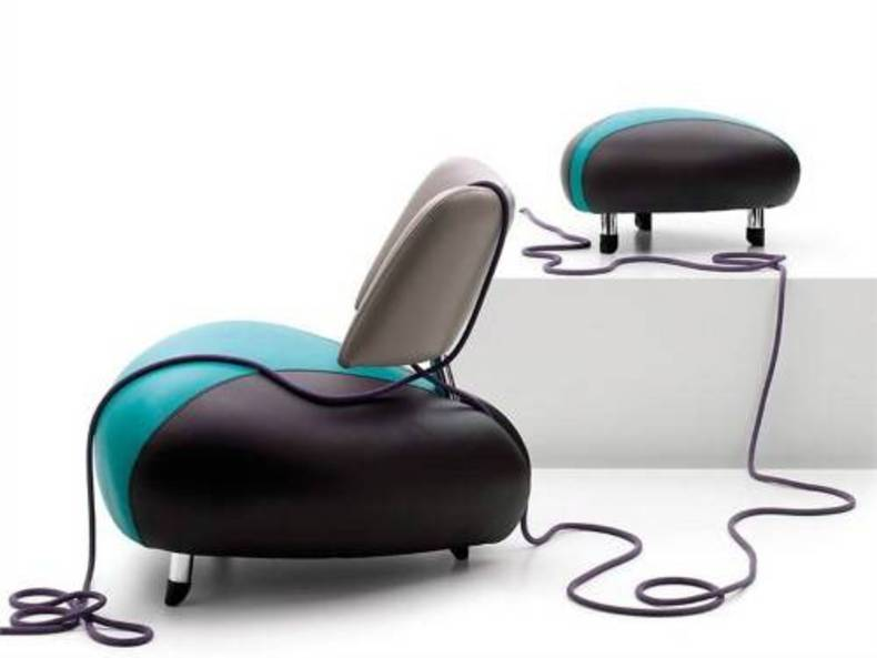 Futuristic Pallone Armchair by Leolux