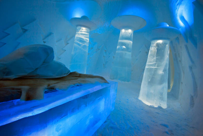 """Beam Me Up"" room in Ice Hotel by Christian Strömqvist, Karl-Johan Ekeroth and PINPIN Studio"