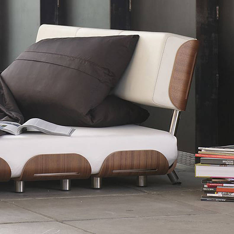 Stylish and Easy Assembled Bed by Linda Altmann and Oliver Krapf